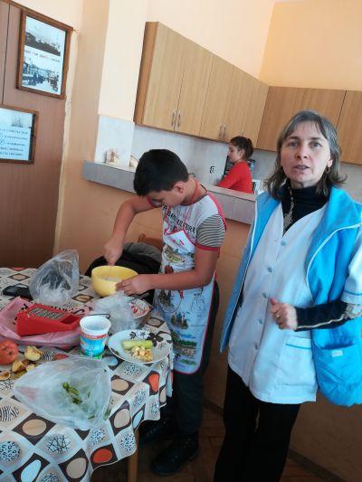 Да готвим с мама и баба - СУ Никола Войводов - Враца