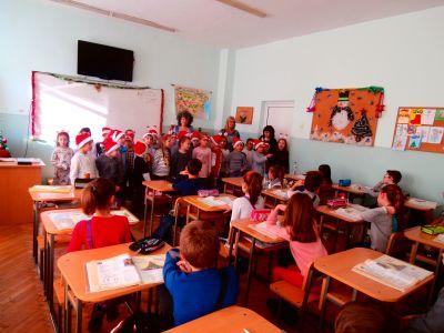 Коледно настроение с децата от детските градини - СУ Никола Войводов - Враца